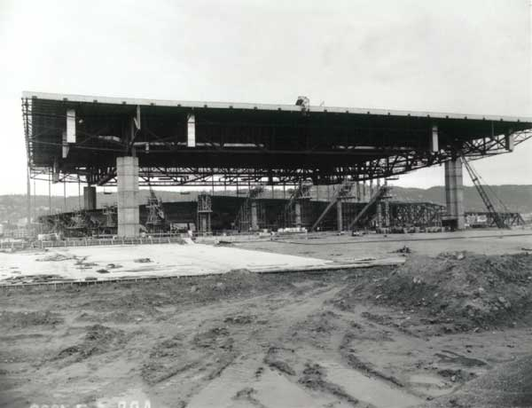 1960 Memorial Coliseum construction.
