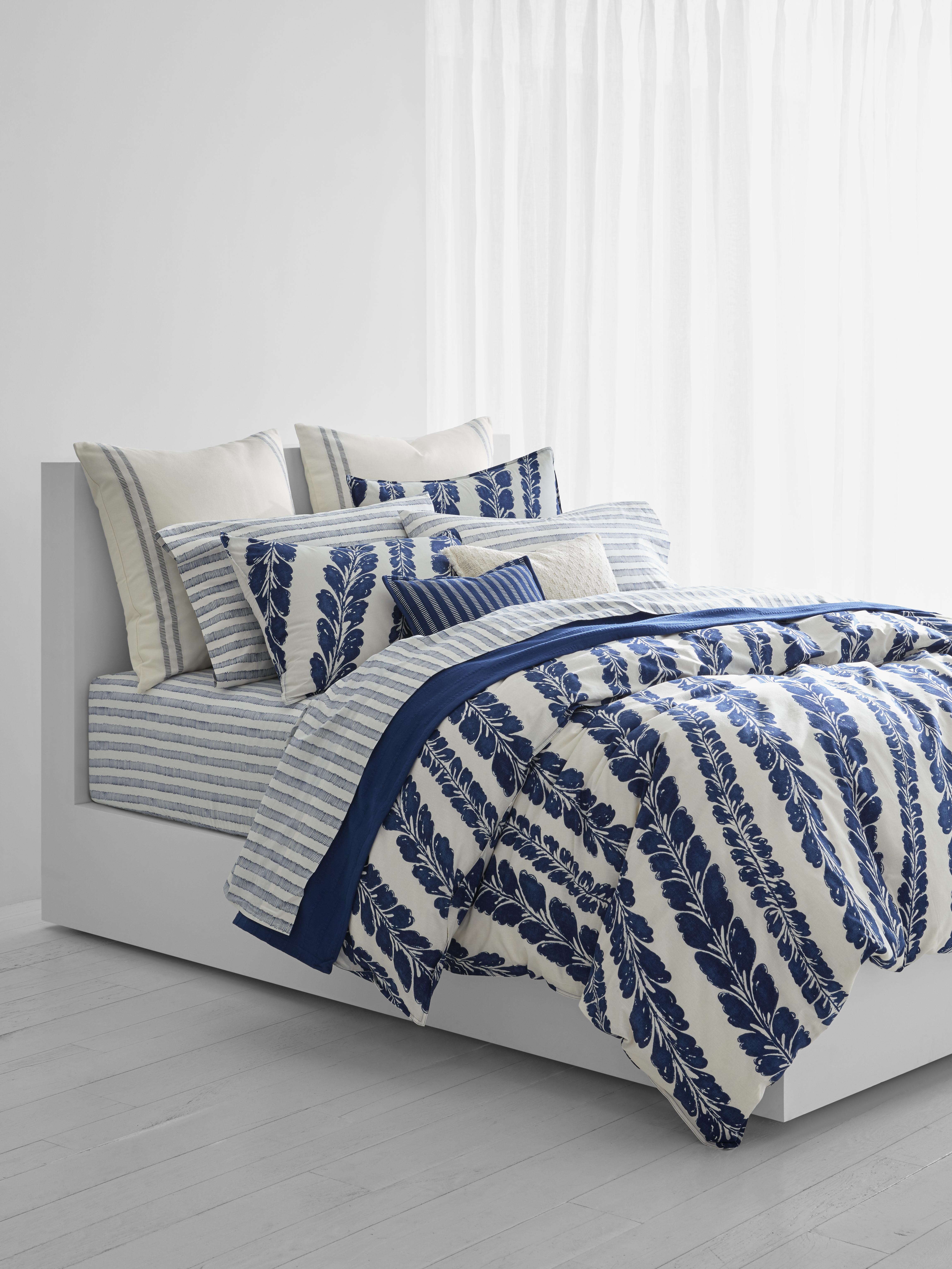 Lauren Ralph Lauren Annalise Comforter Set.