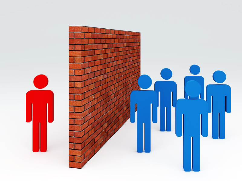 What is a communication barriers? Guideline to overcome.