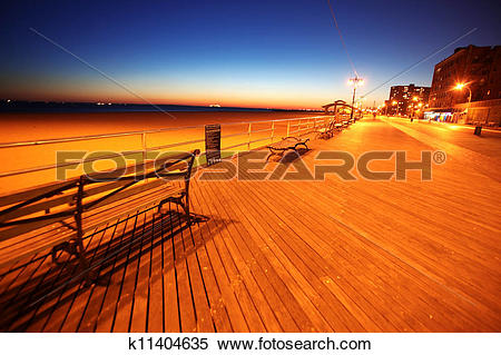 Stock Image of classic NY, evening in Brighton Beach of Coney.