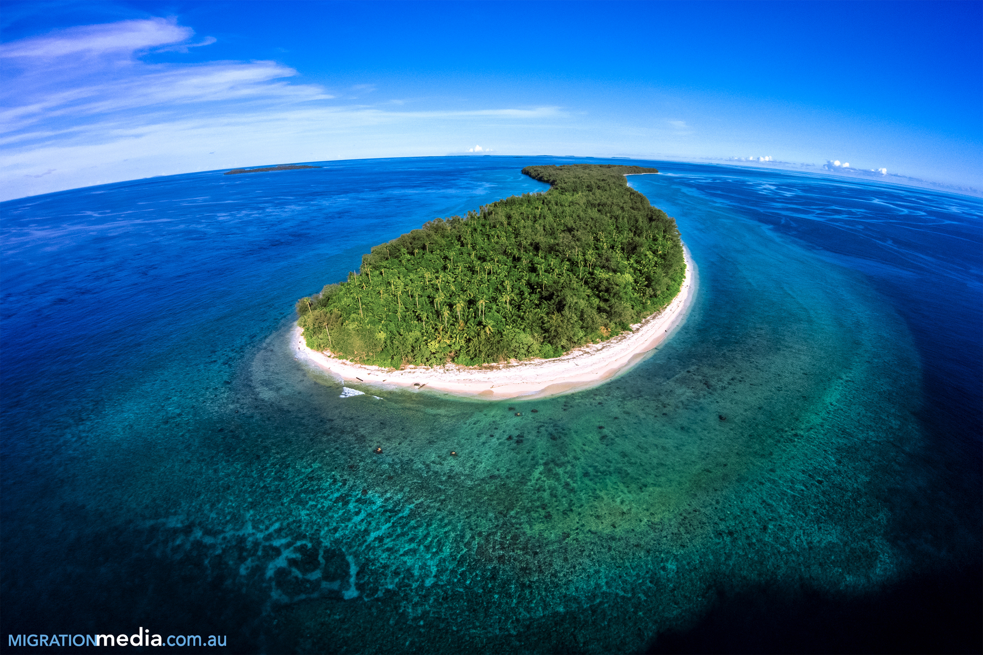Diving Conflict Islands, Milne Bay, Papua New Guinea.