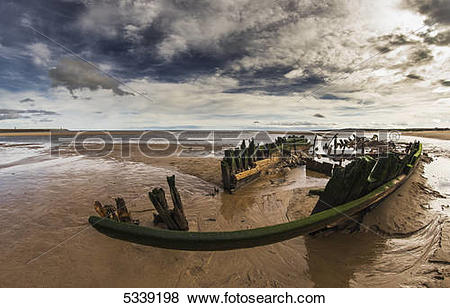 Pictures of Shipwreck Constance Ellen; South Shields, Tyne and.