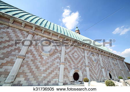 Stock Image of tower of Basilica Palladiana and copper roof in.