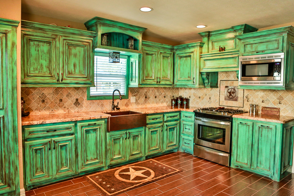 Green kitchen cabinets kitchen cabinet designers where for Kitchen set hijau
