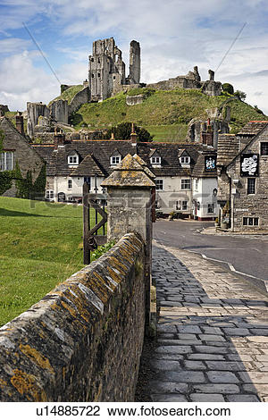 Stock Photo of England, Dorset, Corfe Castle, Corfe Castle.