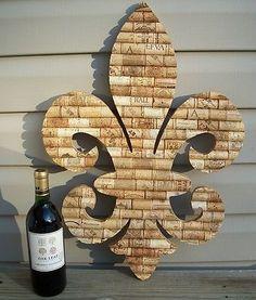 Monogram wine cork wall art/bulletin board. I really want to make.
