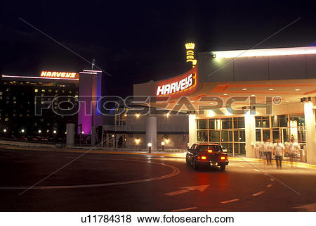 Pictures of Iowa, Council Bluffs, casino, Entrance to Harveys.