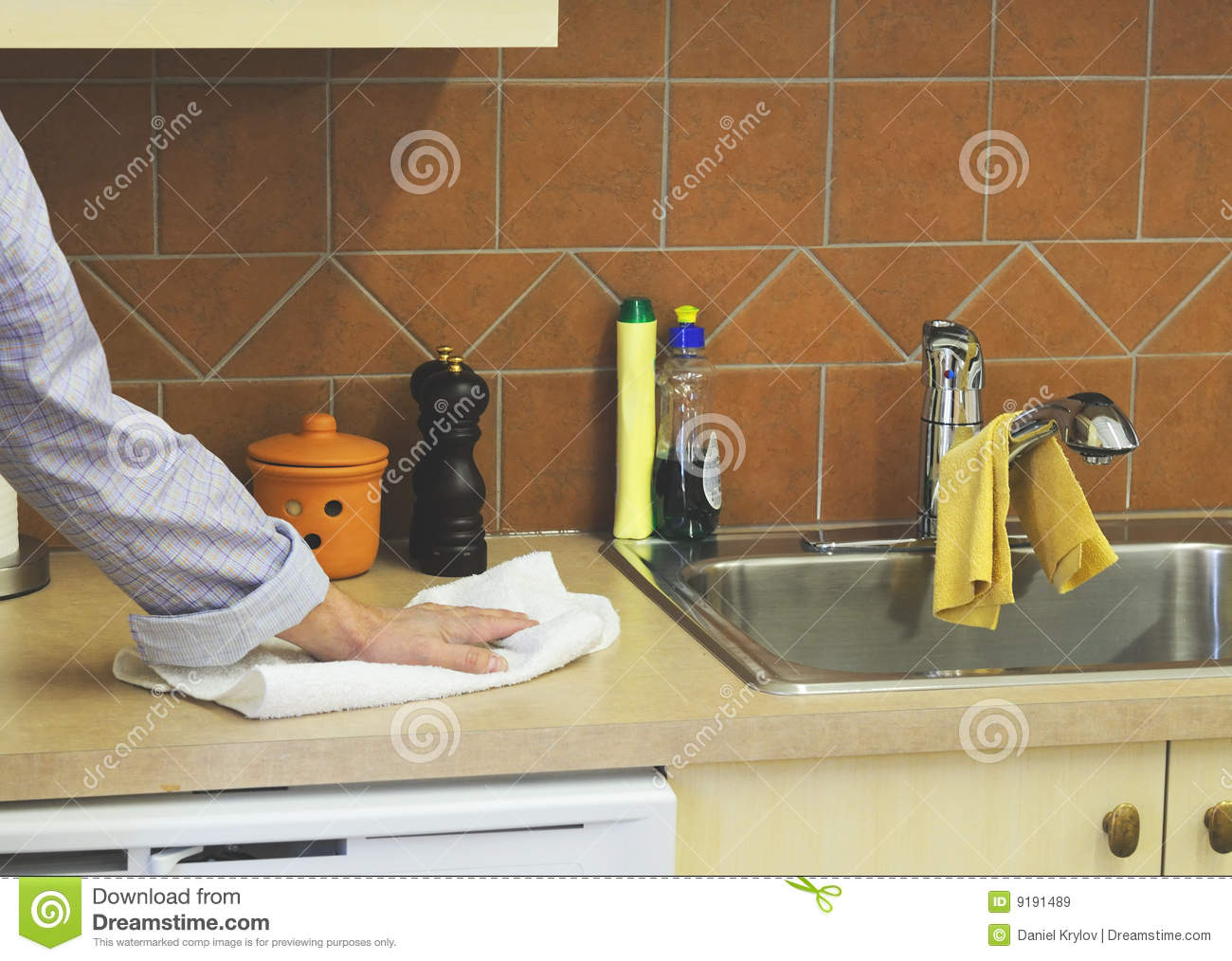 Cleaning The Countertop Royalty Free Stock Images.