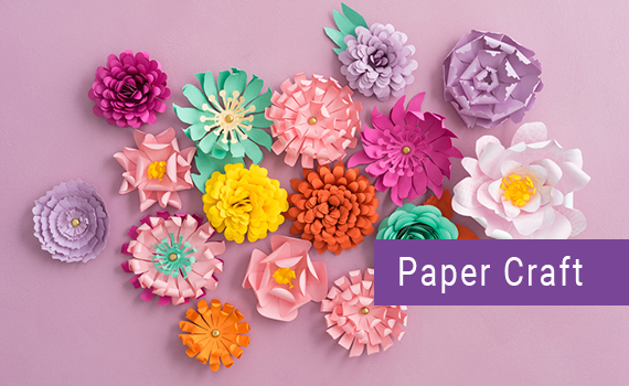Flower,Artificial flower,Cake decorating,Plant,Petal,Sugar paste.