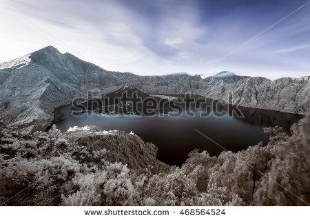 Crater Lake Sunrise Stock Photos, Royalty.