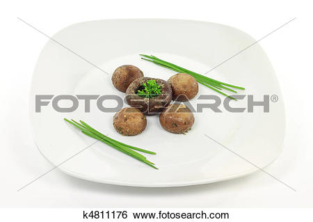 Stock Images of Cooked on BBQ in folio Cremini mushrooms. k4811176.