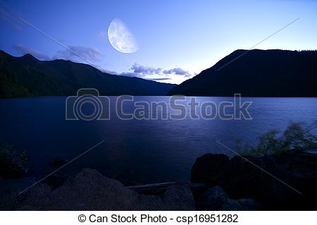 Pictures of Crescent Lake at Night.