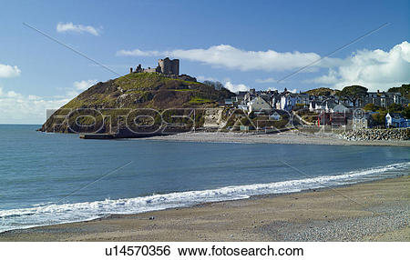 Stock Images of Wales, Gwynedd, Criccieth. View across a deserted.