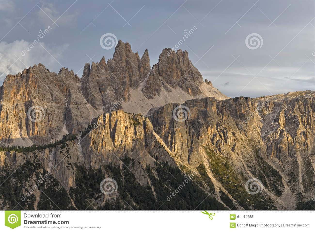 Croda Da Lago & Lastoni Di Formin Stock Photo.