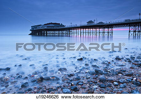 Stock Images of England, Norfolk, Cromer, A view toward Cromer.