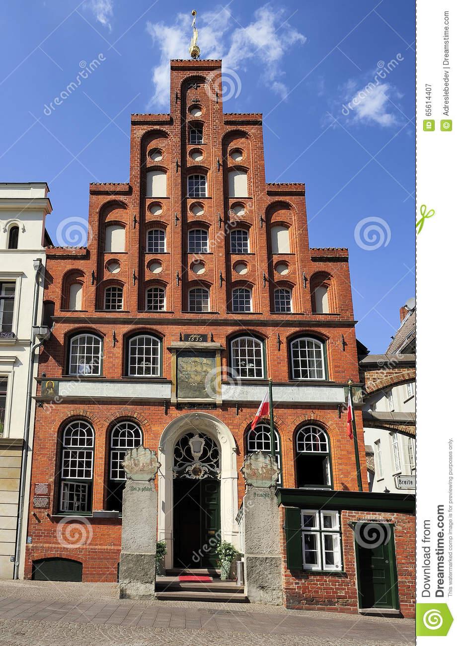 Schiffergesellschaft Building With Crow.