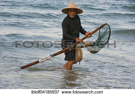 Picture of Mussel hunter, shellfish fisherman wearing a straw hat.