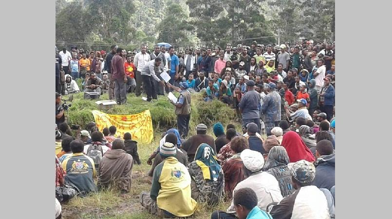 Enga students petition MPs to withdraw from Government.