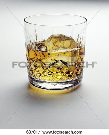 Picture of Scotch on the Rocks in a Cut Crystal Glass 637017.