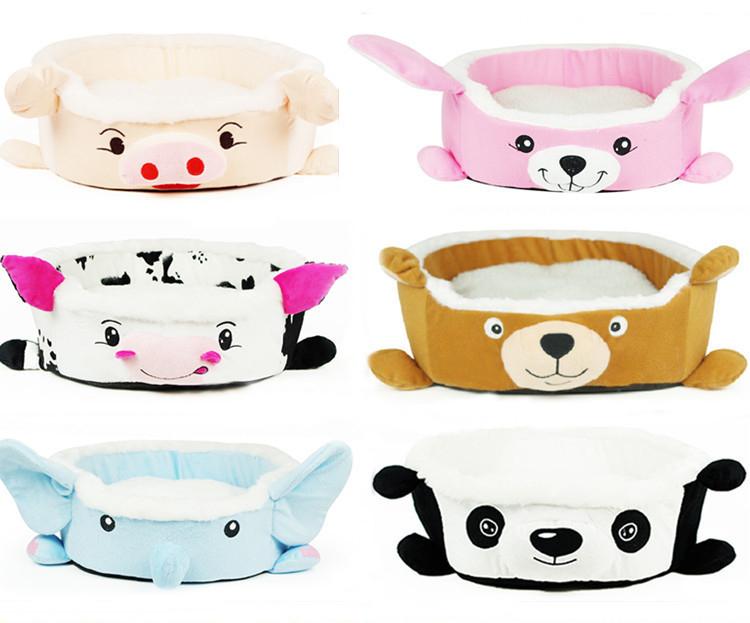Small Cartoon Dogs. Small plastic animal toys OEM cartoon dog.
