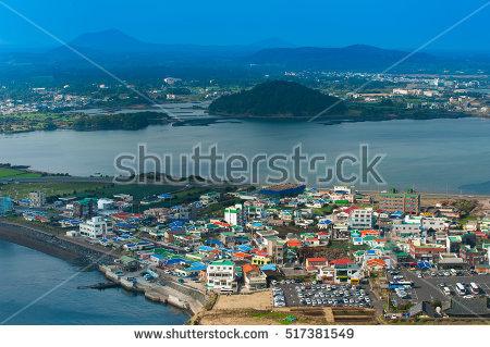 Korea Beach Stock fotos, billeder til fri afbenyttelse og vektorer.