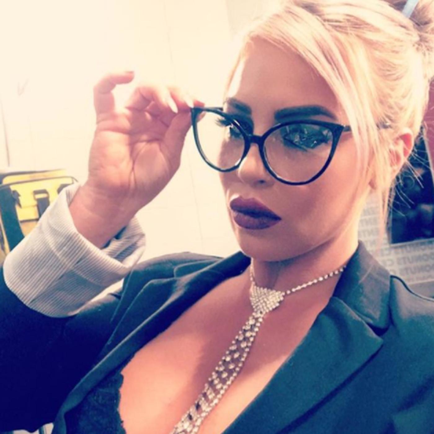 Dana Brooke wants in on the women's Royal Rumble too.