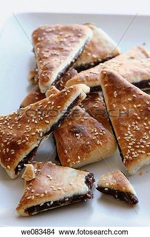 Stock Photo of Arabic Pastry stuffed with date we083484.
