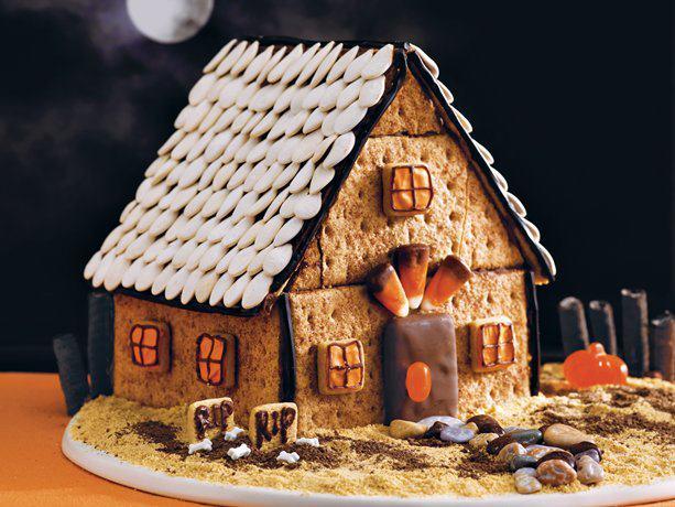 Halloween Spooky Gingerbread House.