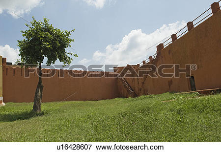Picture of Defensive wall of a fort, Jaigarh Fort, Jaipur.