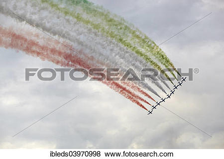 "Pictures of ""Frecce Tricolori, aerobatic demonstration team."