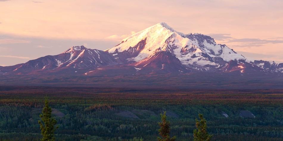 Sample Alaska Excursion: Spectacular Mountains.