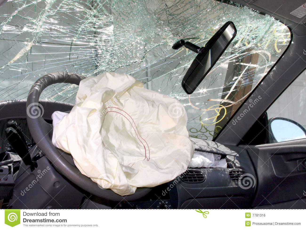 Airbags in cars clipart.