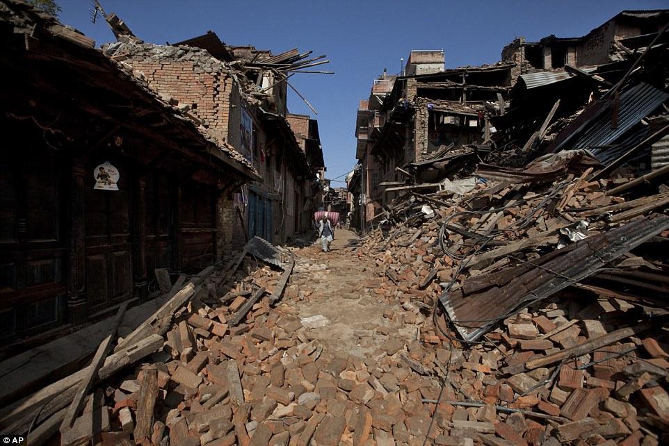 Nepal earthquake pictures show extent of destruction across.