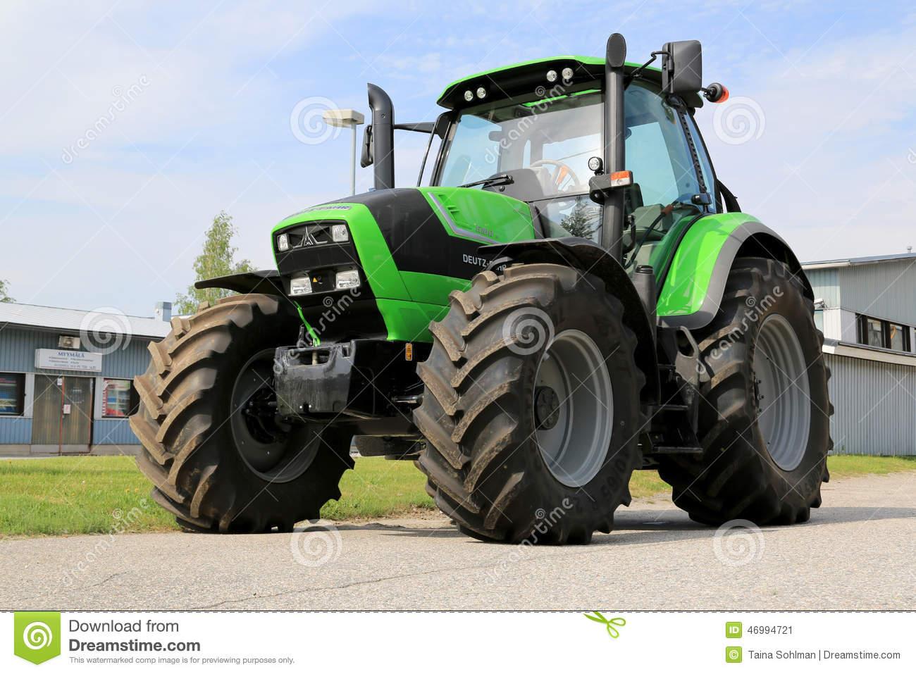Old Deutz Tractor In Vineyard Editorial Photography.