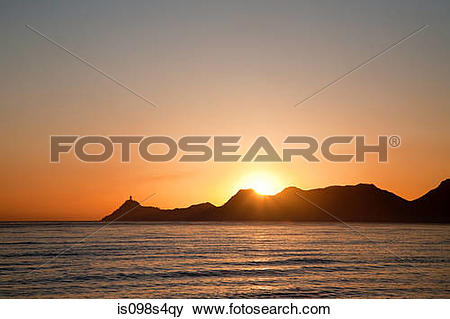 Pictures of Dili harbor at sunrise is098s4qy.