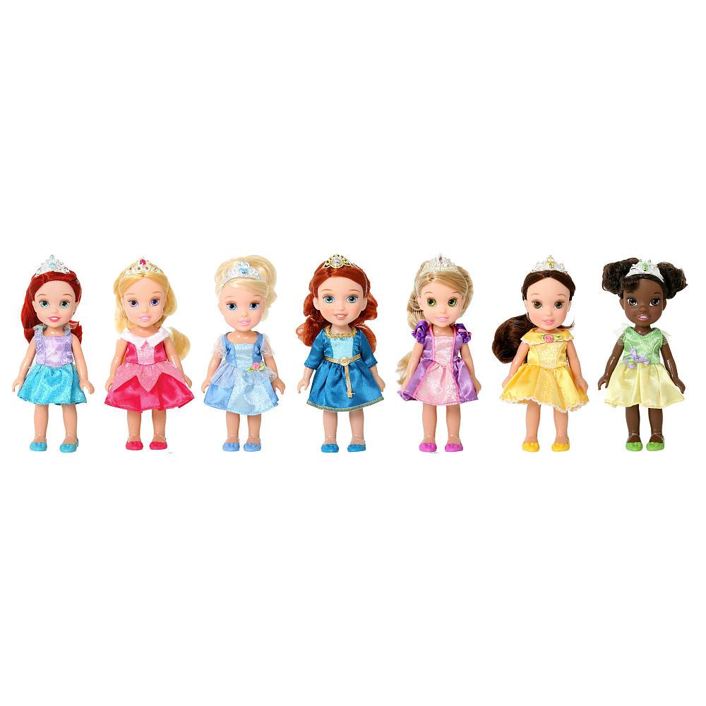 NIB Disney Princess 7 Pc Display Gift Box 6 inch Toddler Doll.