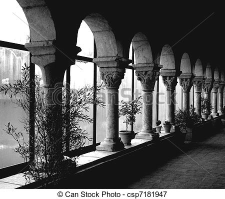 Picture of ROW OF COLUMNS AT THE CLOISTERS.