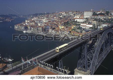 Stock Images of Portugal, Porto, Aerial view of the Ponte de Dom.