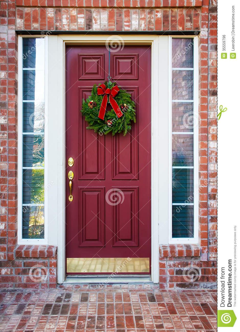 Christmas wreath on door clipart.