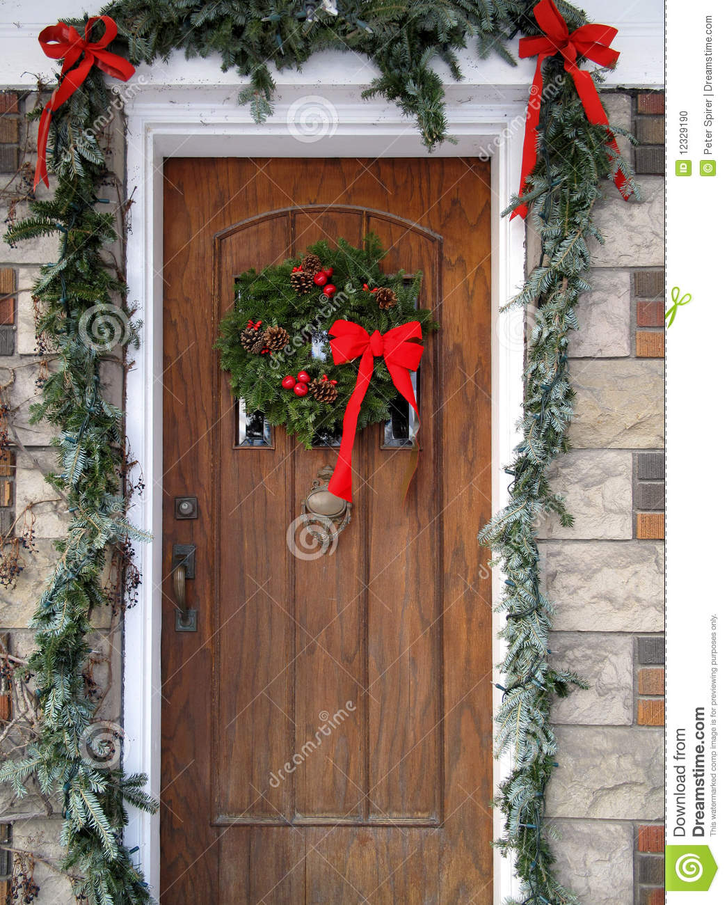 Christmas front door clipart.