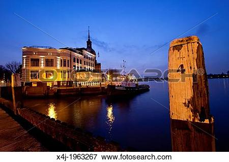 Picture of downtown the old city of Dordrecht, netherlands. x4j.