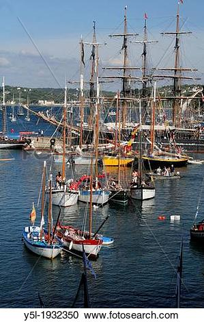 Stock Photography of Traditional boats, Rosmeur harbour, maritime.