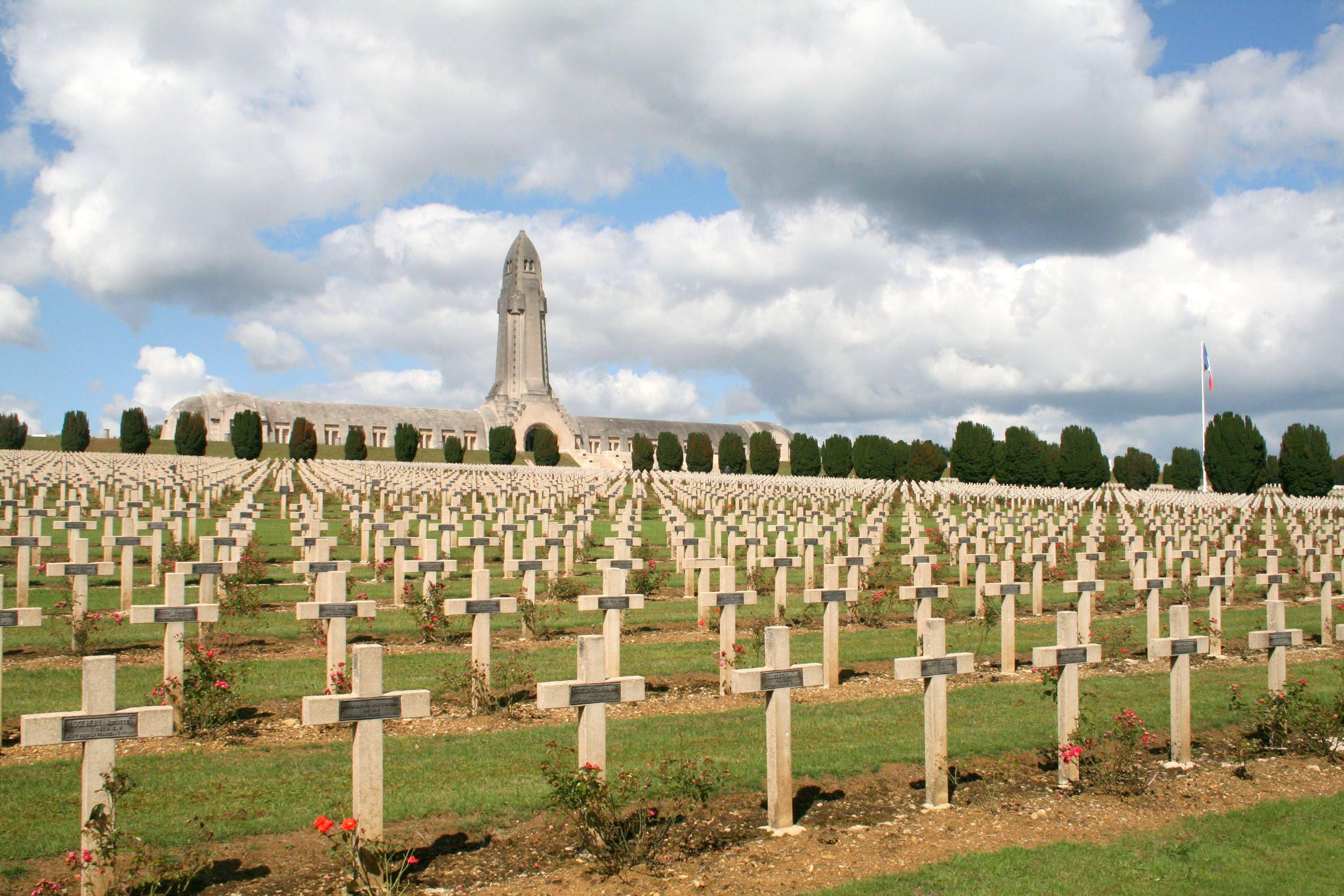 Douaumont Ossuary, Verdun, Lorraine, France, Europe.