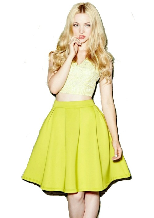 Png de dove Cameron uploaded by Angie Perez on We Heart It.