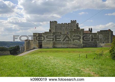 Stock Photograph of Dover Castle k0980019.