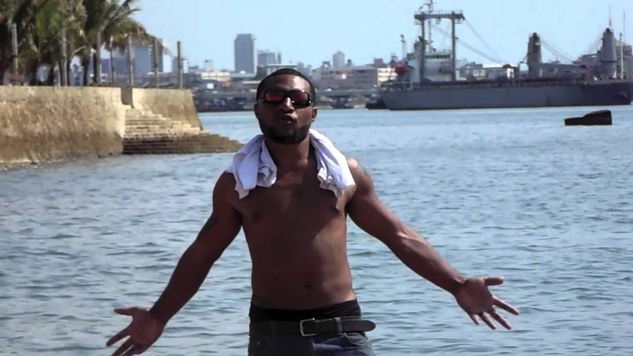 One PNG (Neps Mahn ft Jamie Jay) PNG Music 2016 Official Video Clip.