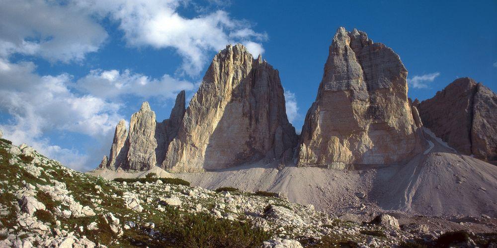 Around the Tre Cime di Lavaredo (Drei Zinnen) Peaks, Hikes.