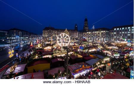 Striezelmarkt ( Christmas Market ) At Altmarkt, Dresden, Germany.