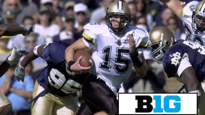 Drew Brees donates $1 million to Purdue football program.