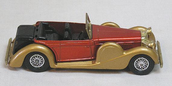Matchbox Car 1938 Lagonda Drophead Coupe / Lesney Made in.